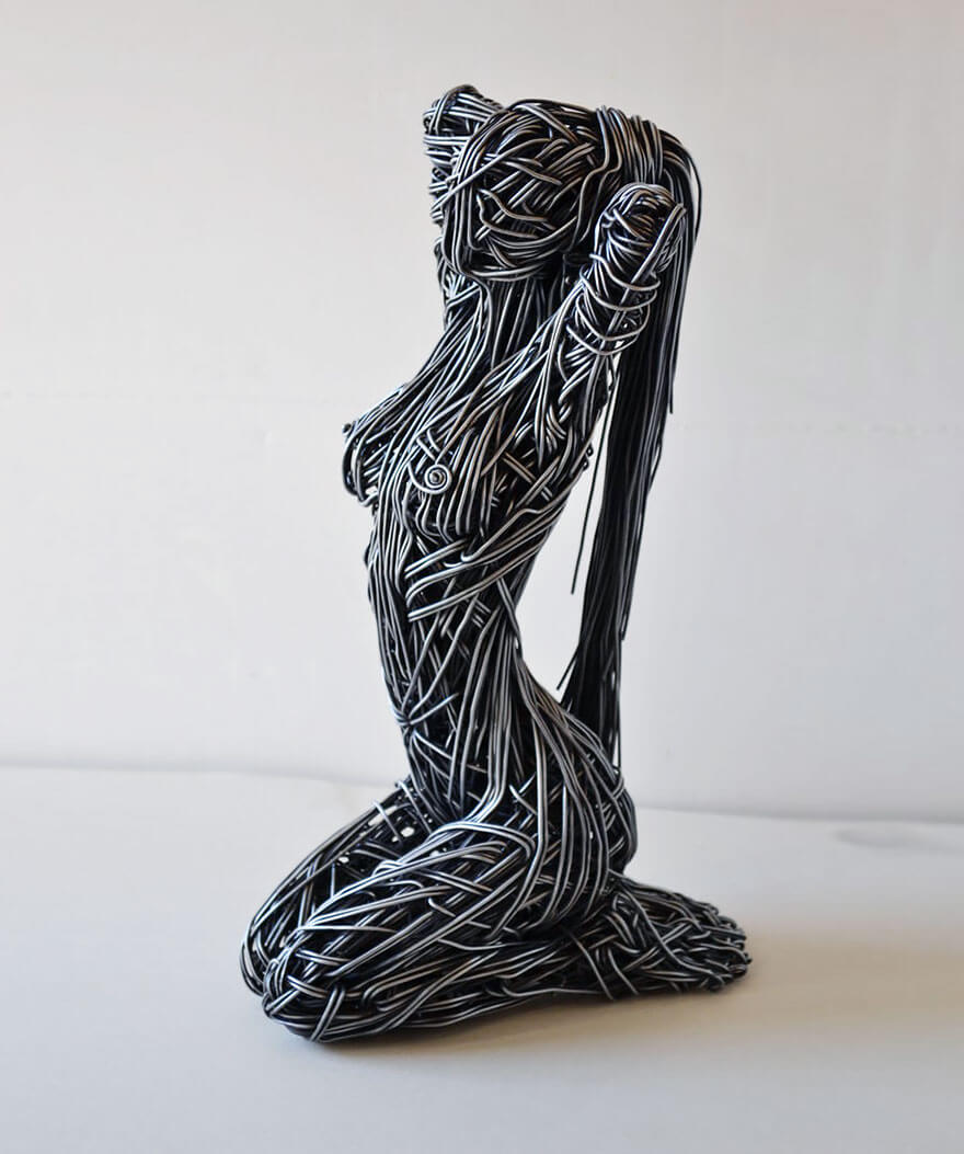 Richard Stainthorp, sculpture fi métallique, forme humaine