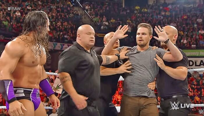 Stephen Amell, Arrow, catch, WWE